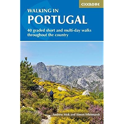 WALKING IN PORTUGAL