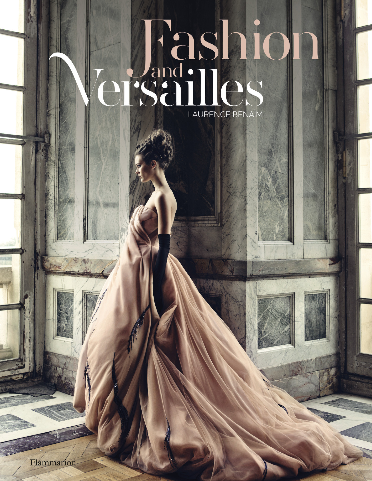FASHION AND VERSAILLES (ANG)