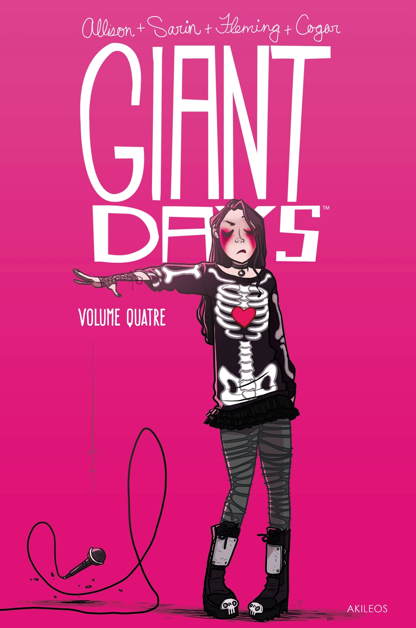 GIANT DAYS T4