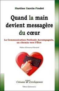 QUAND LA MAIN DEVIENT MESSAGERE DU COEUR