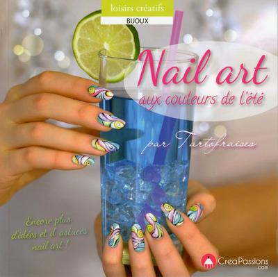 NAIL ART AUX COULEURS DE L'ETE