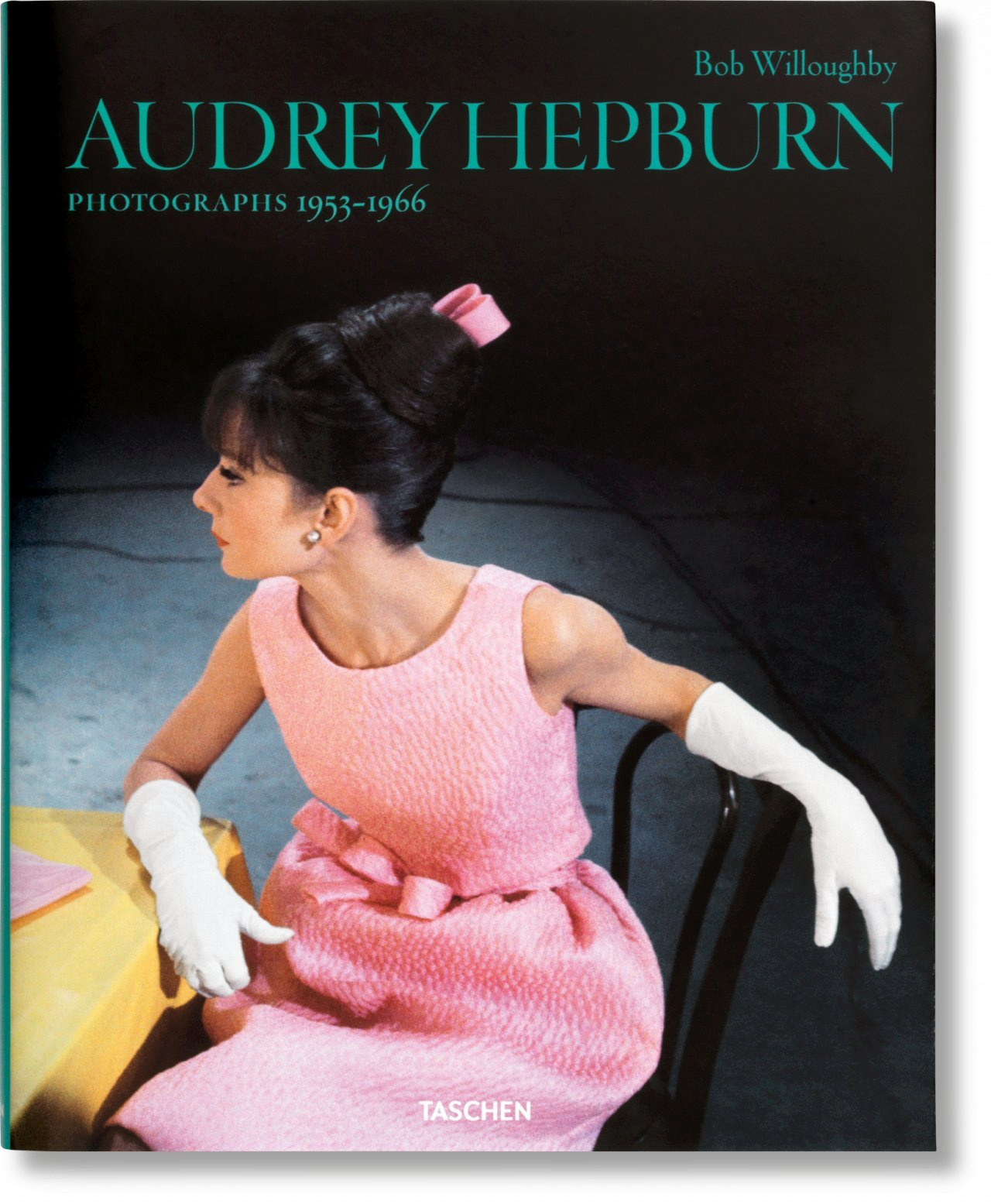FO-WILLOUGHBY, AUDREY HEPBURN-TRILINGUE