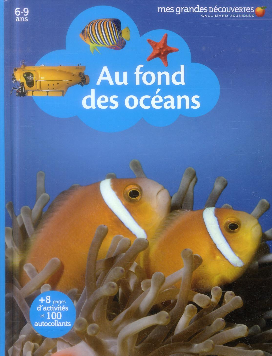 AU FOND DES OCEANS
