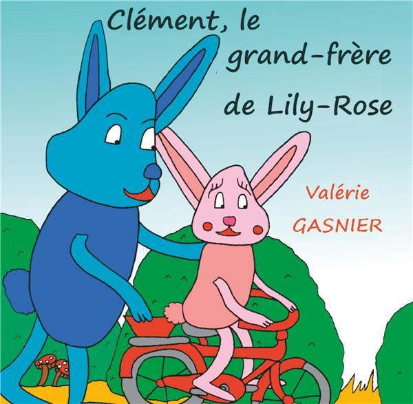 CLEMENT, LE GRAND-FRERE DE LILY-ROSE