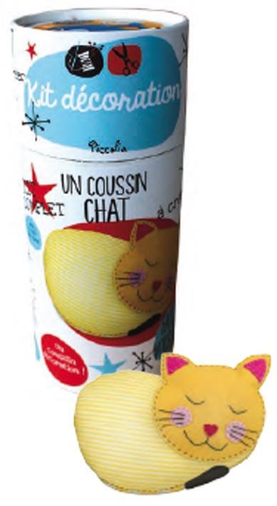 KIT DECORATION/UN COUSSIN CHAT
