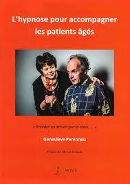 L'HYPNOSE POUR ACCOMPAGNER LES PATIENTS AGES