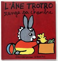 L'ANE TROTRO RANGE SA CHAMBRE