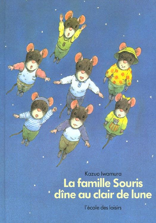 Famille souris dine au clair de lune