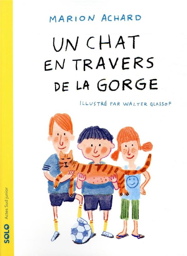 UN CHAT EN TRAVERS DE LA GORGE