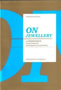 ON JEWELLERY /ANGLAIS