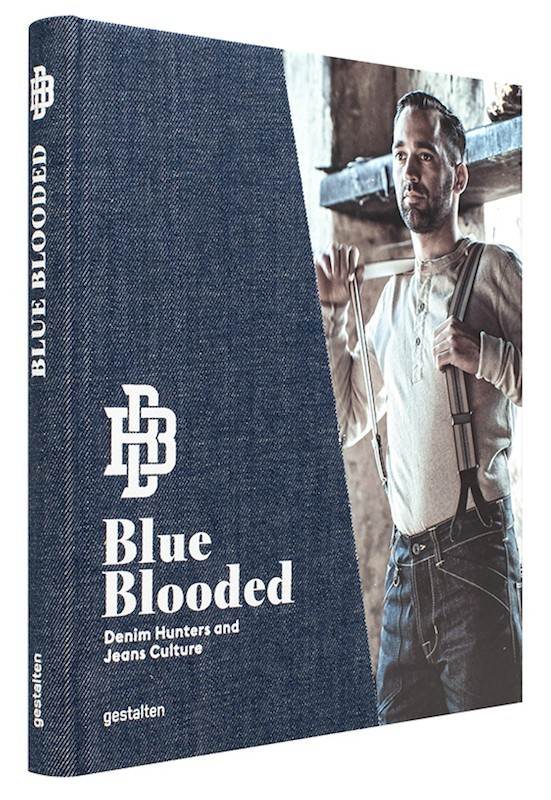 BLUE BLOODED /ANGLAIS