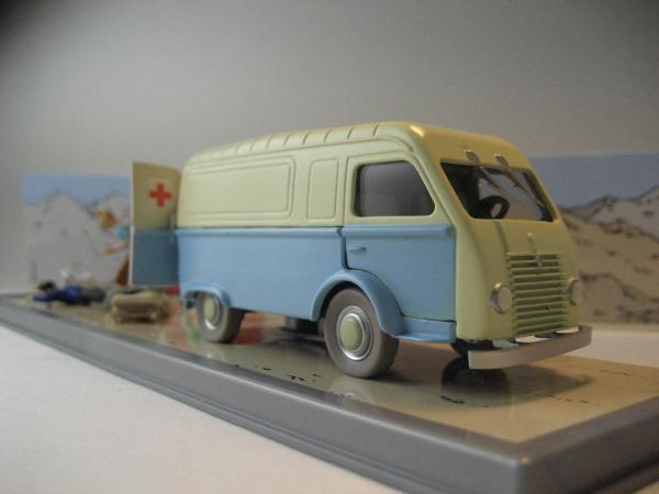 AMBULANCE BASE TINTIN