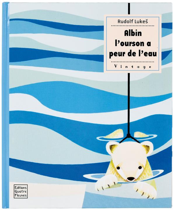 ALBIN L'OURSON A PEUR DE L'EAU